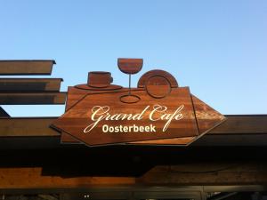 portfolio Portfolio grand cafe woodsign 300x225