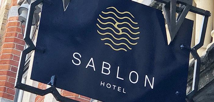 bewegwijzering en gevelreclame hotel sablon brugge Bewegwijzering en gevelreclame Hotel Sablon Brugge bewegwijzering gevelreclame sablon brugge header 702x336